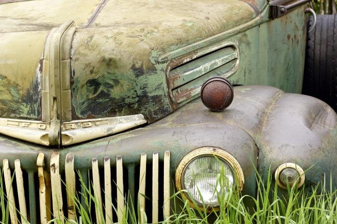 car-1455746_1920