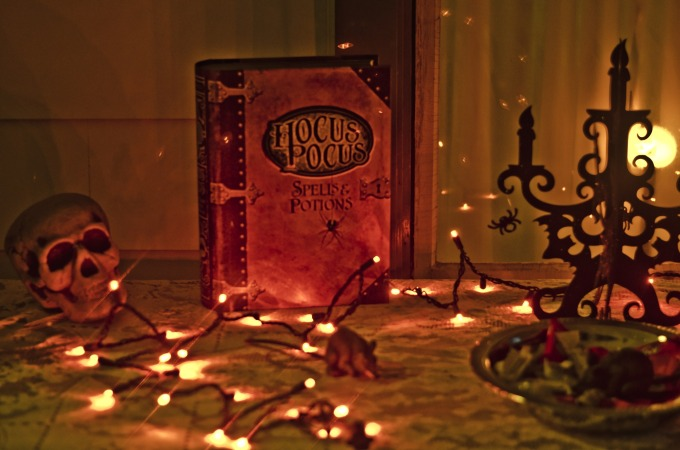 hocus-pocus-469282_1920