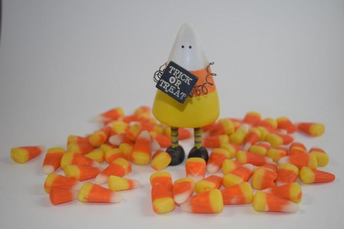 candy-corn-1739408_1920