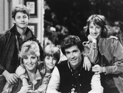 "Starring as the Seaver Family on ABC Television's show ""Growing Pains"" left to right are: Kirk Cameron as Mike, Joanna Kerns as Maggie, Jeremy Miller as Ben, Alan Thicke as Jason and Elizabeth Ward as Carol. Photo taken May 1985. (AP Photo)"
