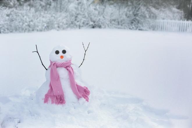 snow-woman-1224041_1920