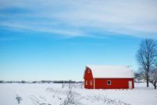 winter-barn-556696_1920