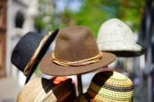 hats-829509__340