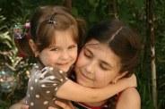 sisters-781098__340