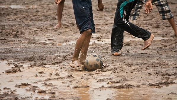 football-390943__340