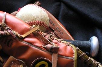 baseball-1354946__340-2