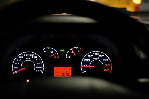 car-dashboard-2667434__340
